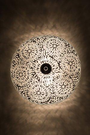 Deckenlampe Weiss bohemian brennend