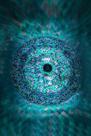 Orientalische Deckenlampe Blau Bohemian brennend