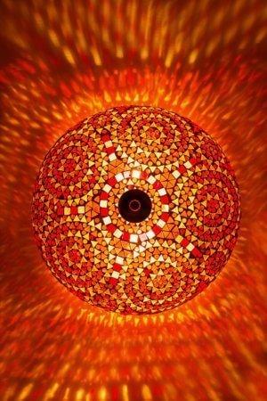 Orientalische Deckenlampe Orange Classic brennend