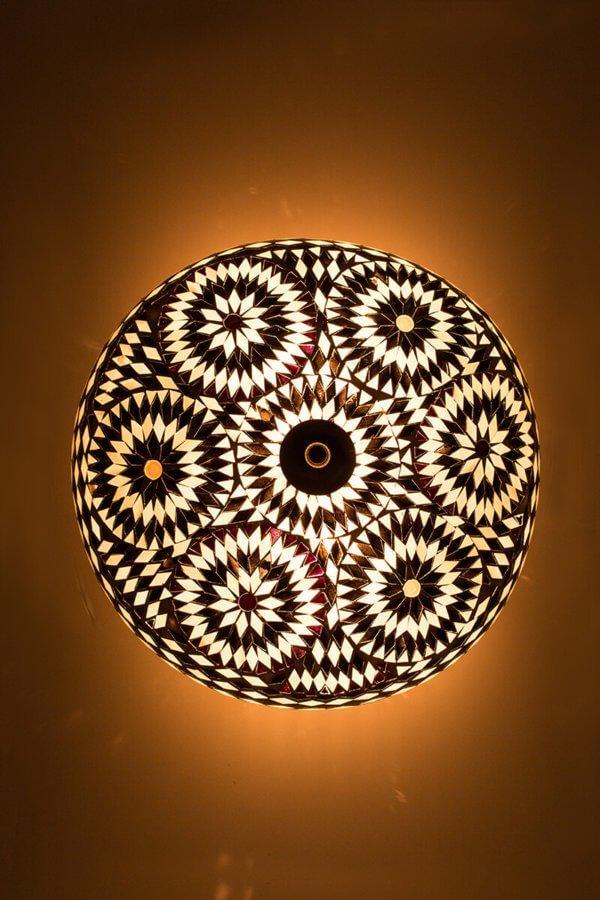 Orientalische Deckenlampe Schwarz & Weiss Bohemian brennend